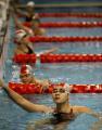 图文:游泳队迎春测试赛 高畅在仰泳中