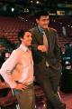 图文:姚明助阵NBA全明星赛 姚明与纳什交谈