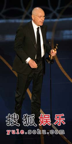 图:第79届奥斯卡阿兰-阿金获颁最佳男配角