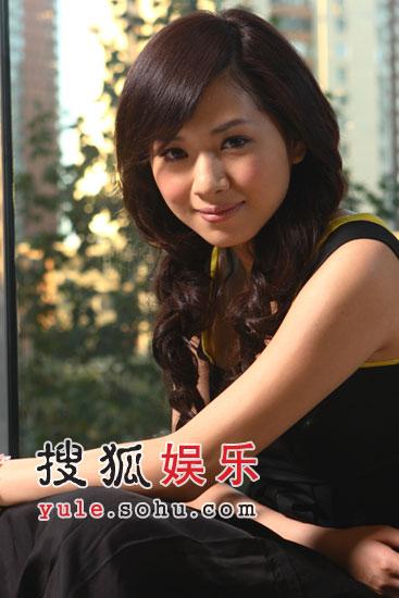 侯湘婷昨夜返京 个人官方网站已正式启动(图)