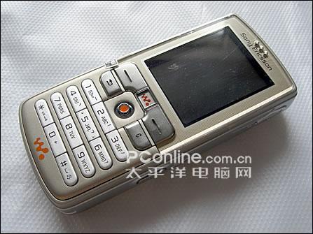 索尼爱立信W700c