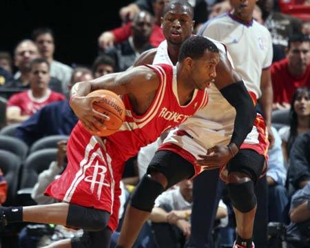 NBA标志性阵容火箭PK热火:强力中锋+全能摇摆人