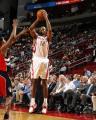 NBA图:火箭VS猛龙 阿尔斯通三分出手