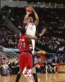 NBA图:火箭VS猛龙 麦迪后仰跳投