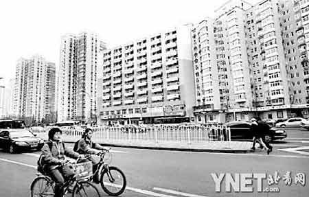 """北京喜迎奥运 西二环167栋建筑""""旧貌换新颜"""""""