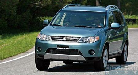 新欧蓝德安全-侧面优秀/副驾驶保护不佳