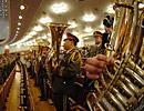 军乐队高奏国歌