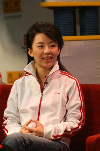 潘晓婷/图文:台球美女潘晓婷做客面露阳光微笑