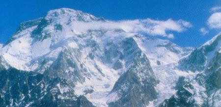 布洛阿特峰