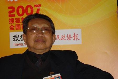 政协委员傣族作家征鹏谈国家和谐文化建设(图)