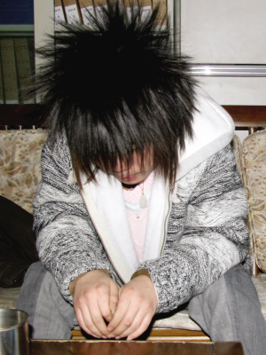 16岁男孩驾奔驰撞死人(组图)图片