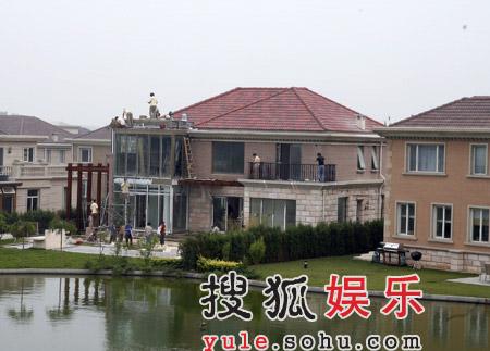 央视湖卫女主播豪宅全曝光 周涛李湘最奢华(图)