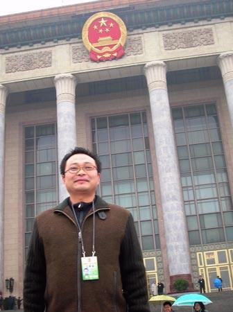 人民政协报总编室资深记者、编辑:郭怀沔(图)