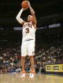 图文:[NBA]掘金队96-110勇士 艾弗森跳投出手
