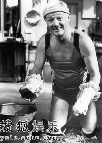 组图:英国喜剧男星约翰-因曼病逝 享年71岁