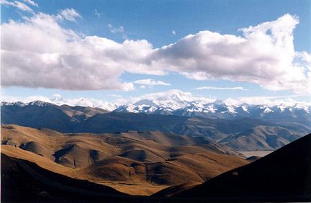 云朵紧簇-马卡鲁峰