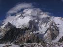 云雾缭绕-布洛阿特峰