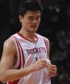 图文:[NBA]火箭VS网 姚明进攻得手