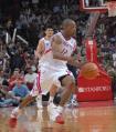 图文:[NBA]火箭胜篮网 阿尔斯通带球快攻