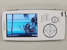 实机细看索尼A800 一改Walkman专一风格