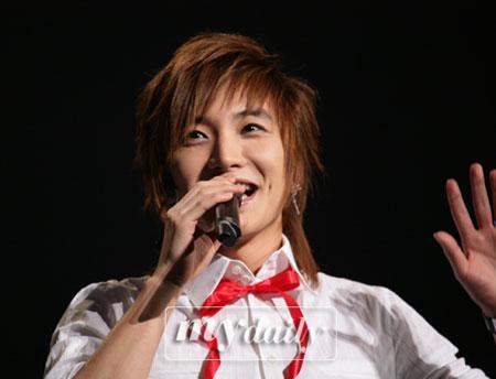 SJ成员李特自曝儿时梦想 最想成一名总统(图)