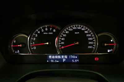 迟来的奢华--凯迪拉克SLS赛威
