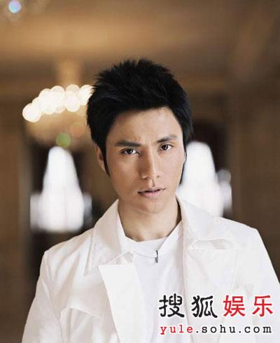 荣信达否认陈坤将跳槽 称公司不怕别人挖墙脚