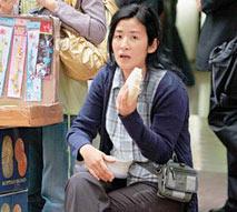 组图:吴君如产后首度拍戏