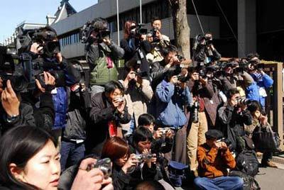 岩松看日本:日本国民对历史存在矛盾心态(组图)