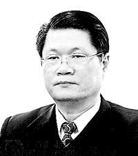 休闲娱乐式腐败蔓延 代表建议公开官员公务活动
