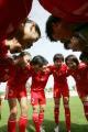 图文:[阿杯]女足1-4冰岛 中国队准备开球