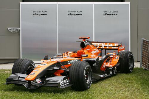 图文:[F1]世爵获得新赞助 赛车的新涂装