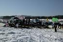 图文:2007漠河冰雪汽车拉力赛 车手在发车区