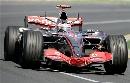 图文:[F1]澳大利亚站正赛  阿隆索在赛道上