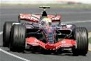 图文:[F1]澳大利亚站正赛  汉密尔顿在赛道上