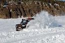图文:07漠河冰雪汽车拉力赛 掀起雪雾一片