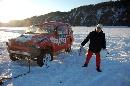 图文:07漠河冰雪汽车拉力赛 事故赛车被拖走