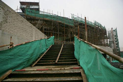 图文:北工大体育馆 体育馆热身馆步行楼梯