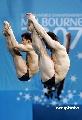 图文:游泳世锦赛男子双人三米板 齐心协力