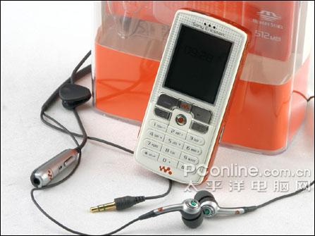 索尼爱立信W800c
