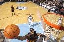 图文:[NBA]爵士胜勇士 杰克逊内线上篮