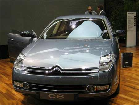 雪铁龙c6展车首次到店 售价为63.98万元