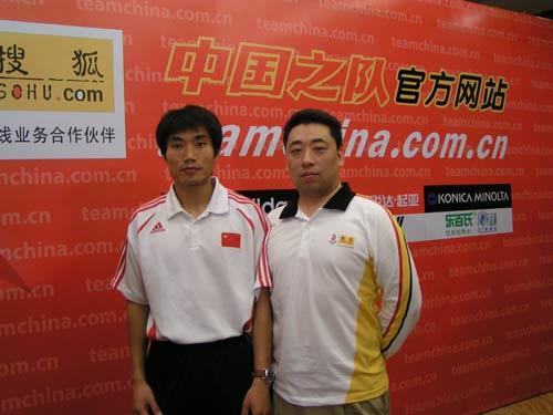 图文:[访谈]中国队加油第一期 合影留念