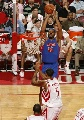 图文:[NBA]火箭胜活塞 拉希德跳投出手