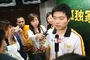 图文:小晖做客聊天 丁俊晖接受媒体采访