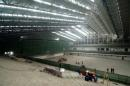 图文:中国农业大学体育馆 馆内部设置紧张安装