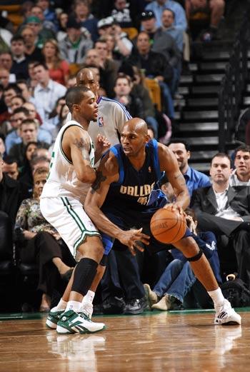 图文:[NBA]小牛胜凯尔特人 斯塔克豪斯强攻