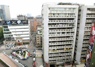 一品大厦计划改建,并在2月公告,月初找来勤美集团璞真建设说明重建事宜。 来源:台湾《联合报》
