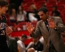 图文:[NBA]76人93-85热火 奇克斯指挥战术