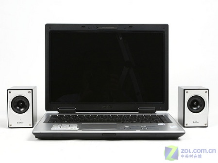 华硕首款Vista本A8JR到货 标配X2300
